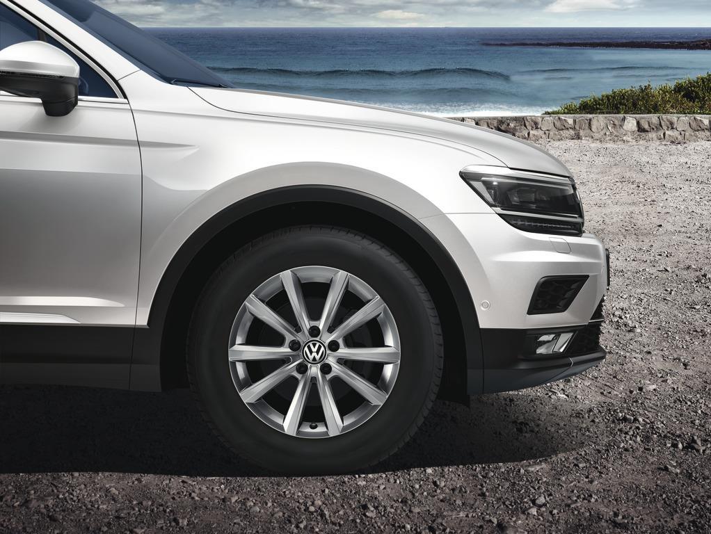 2018 volkswagen tiguan roues merano de 17 po argent brillant chaque pneu s par ment. Black Bedroom Furniture Sets. Home Design Ideas