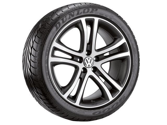 2016 volkswagen tiguan roue savannah de 19 po argent et anthracite mat mots cl s roues. Black Bedroom Furniture Sets. Home Design Ideas